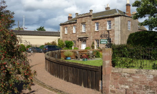 Reston and East Linton station reopening proposals supported